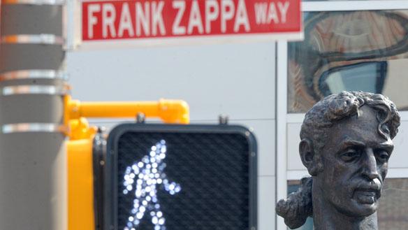 Zappa Bust